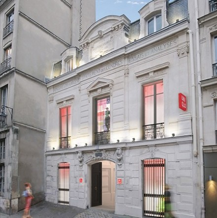 Uniqlo sets up shop in the Marais
