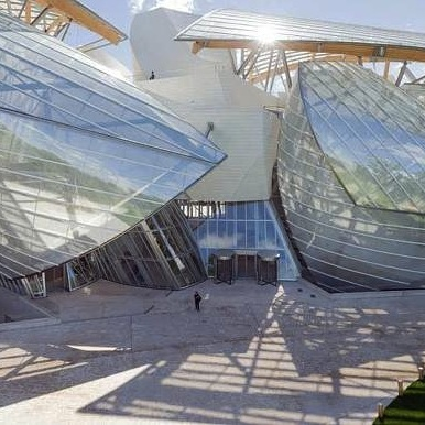 Frank Gehry designed new Louis Vuitton Foundation building opens