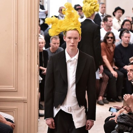 Paris Fashion Week: Men SS16 – Comme des Garçons HOMME PLUS