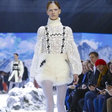 Paris Fashion Week FW16 – MONCLER GAMME ROUGE