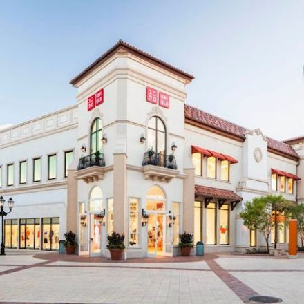 Uniqlo Disney Springs Opens