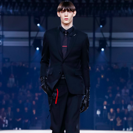 PARIS FASHION WEEK: MEN FW17 – Dior Homme