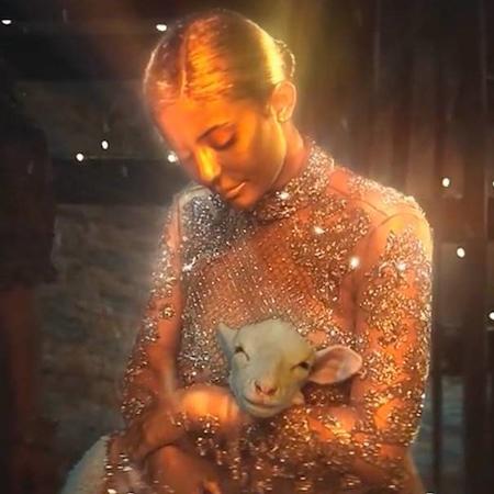 Kylie Jenner Stars in Travis Scott's new video