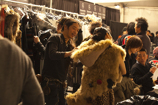 backstage_km_1743_600x400