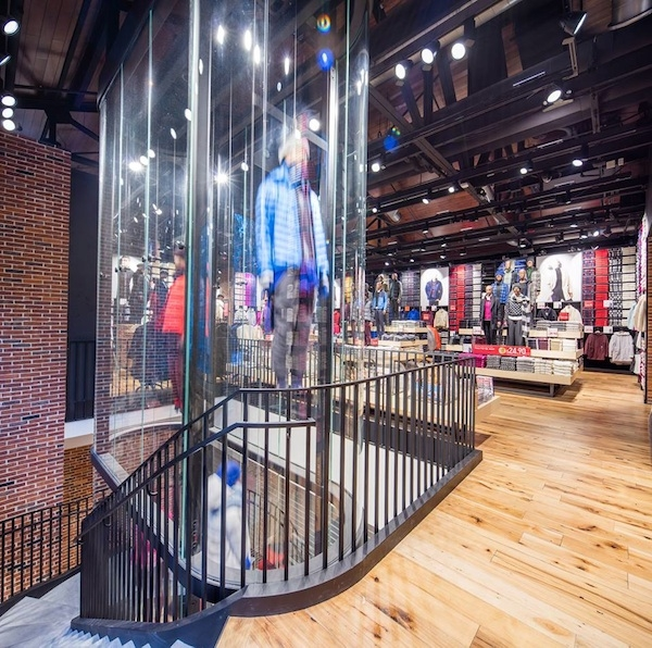 faneuil_store_2_s