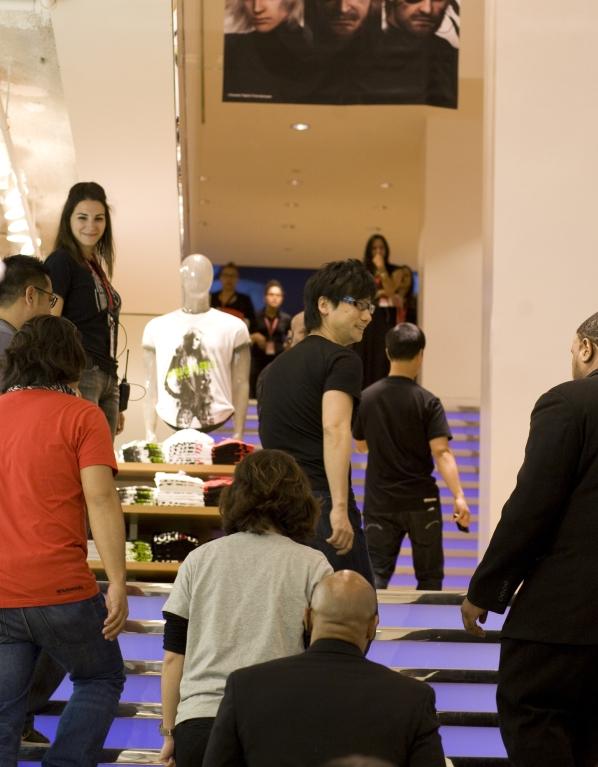 UniQlo Friday Evening 2012 Net